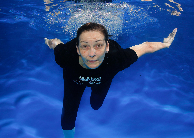 nicki-underwater